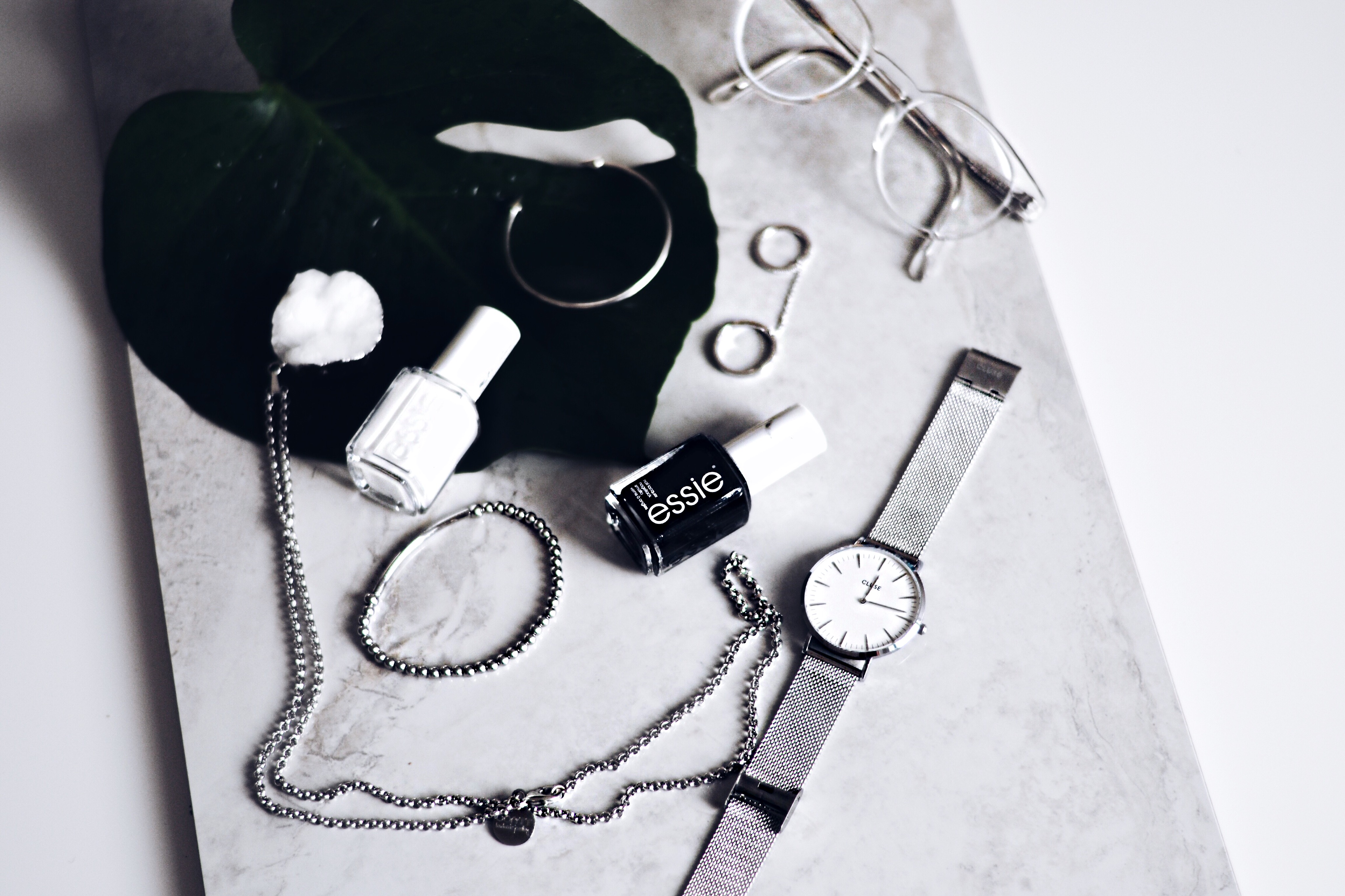 allthatchoices fashionblog mainz laura besten beautyprodukte essie blanc lakritz squaregal marble 3.JPG
