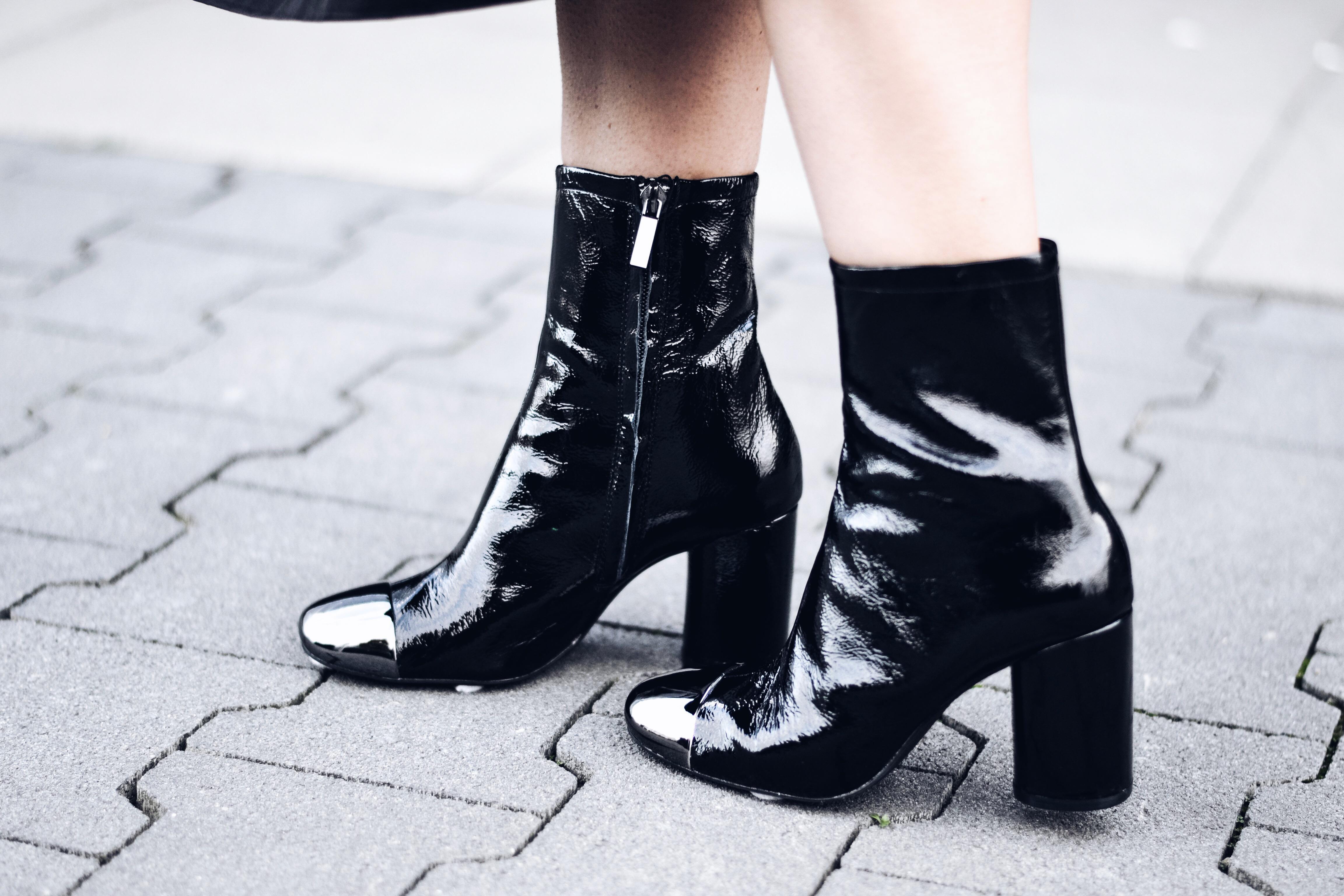 allthatchoices by laura fashionblog mainz 70s boots metallkappe bomberjacke ruffled streifenshirt tellerrock allblack look.JPG